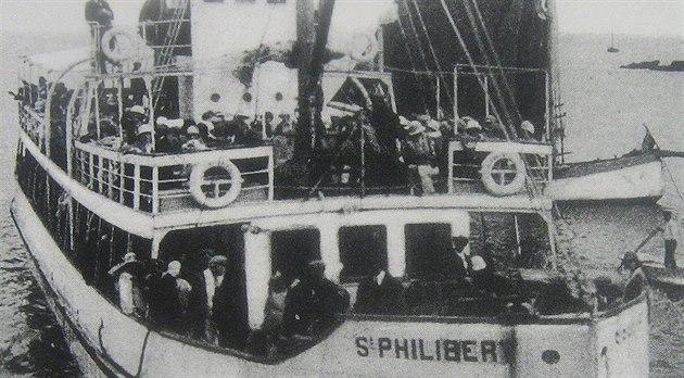 Saint-Philibert s palubami p�epln�nými lidmi