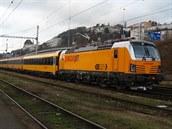 Nová lokomotiva Vectron se p�í�tí rok z�ejm� objeví i na trasách v �esku.