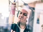 Ji�í �ev�ík p�i natá�ení nového alba Playlist.