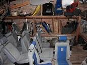 Díly z ukradených aut �lenové gangu skladovali ve t�ech krajích �eské republiky.