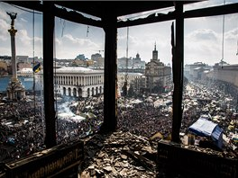 Napjatá situace na Ukrajině se stala námětem pro mnohé fotografy, na Majdane nechyběl ani Petr Shelomovskyi