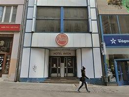 Nejužší hotel vČesku stojí na České ulici. Bohužel je vsoučasné době zavřený.