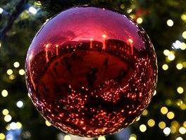 Dílek vánoční výzdoby Prokešova náměstí v Ostravě.