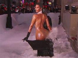 Z Kim Kardashianov� ud�lali v televizn� show sn�n� d�lo.