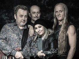 Stromboli 2014 (zleva Michal Pavlíček, Jiří Veselý, Bára Basiková, Klaudius Kryšpín)