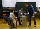 V hlasování byl zamítnut i návrh, aby vláda přestala poskytovat daňové úlevy cizincům, kteří v alpské zemi žijí (30. listopadu)