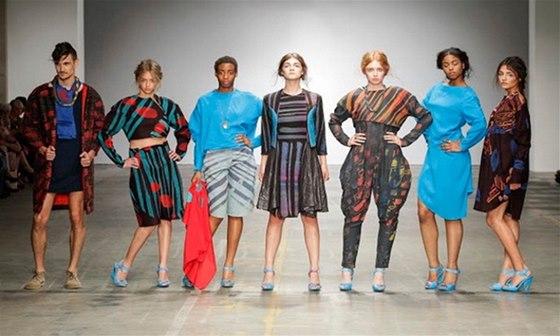 Ozvěny módního festivalu FASHIONCLASH představí kolekce holandských autorů