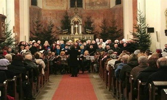 Výtěžek ze vstupného na tradiční vánoční koncert v Kladně bude věnován dětským domovům