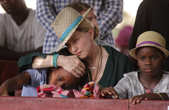 Madonna s d�tmi v Malawi