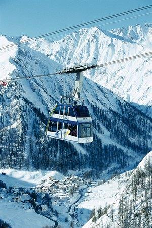 Dovolená ve Švýcarsku: Luxus, lyžování, rodinná dovolená i výhodné nákupy