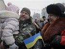 Přivítání ukrajinských dobrovolníků v Kyjevě (6. prosince 2014)