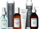 Ani kvalitní vlasové kosmetiky není nikdy dost. Voňavé, stylově zabalené, a hlavně účinné produkty od švédské firmy SACHAJUAN nakoupíte exkluzivně v síti salonů Bomton.