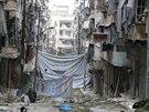 Předměstí Aleppa (6. prosince 2014).
