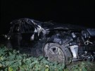 Opil� �idi�ka skon�ila v poli pot�, co nezvl�dla u obce Mo�ina zat��ku (8.12.2014)