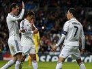 PAN ST�ELEC. Cristiano Ronaldo (vpravo), �to�n�k Realu Madrid, pr�v� prom�nil penaltu v z�pase proti Ludogorci Razgrad.