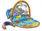 Hrací deka se dá polohovat např. na krmení dítěte.