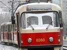 Ledová námraza ochromila především železniční a městskou veřejnou dopravu. Snímek je z Modřanské rokle v Praze. (2. prosince 2014)
