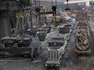 Ocel�rna v T�ineck�ch �elez�rn�ch - provoz, kde se tak� odpra�uje. (5. prosince 2014)