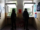 Aktivisty, kteří obsadili bývalou plicní kliniku na Žižkově, vyvedla policie. Uvnitř vybydleného objektu chtěli zřídit kulturní centrum, jednání ale selhala.