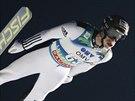 Roman Koudelka si letí pro triumf v závodě SP v Lillehammeru.