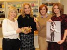 Jana Švandová, Dagmar Havlová, majitelka kadeřnického salonu Marie Mixová a Hana Heřmánková podpořily charitativní kalendář.