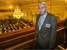 Dědeček dětí Jiří Pavelka sledoval jednání přímo ve Sněmovně (9. prosince 2014).