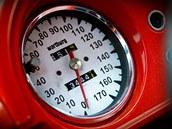 Tuningem prošly i motory obou Wartburgů. Na okruhu tak mohou jet až stošedesátikilometrovou rychlostí.