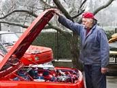 Oprava jednoho auta trvala Jiřímu Kubíčkovi tři roky.