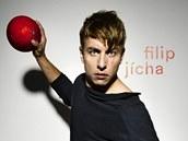 Osobnost� m�s�ce ledna v nov�m kalend��i skupiny Sport Invest je h�zenk�� Filip J�cha.