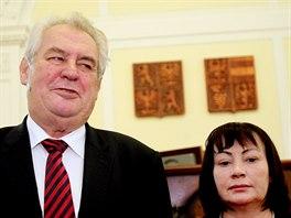 Prezident Miloš Zeman na návštěvě jižní Moravy v budově krajského úřadu. Na snímku s manželkou Ivanou.
