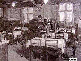 Zámecký šenk roku 1937. Nyní je tu opět útulné občerstvení.
