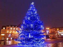 Vánoční strom v centru Kladna