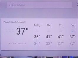 """Hlasem vyhledaná fráze """"počasí v Praze"""" přinesla odpověď. A ve Fahrenheitech vypadá i mráz s ledovkou příjemněji."""