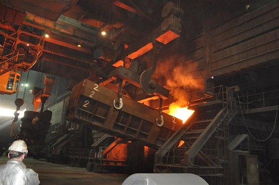 Na konvertorov� ocel�rn� odpr�en� funguje z jedn� poloviny
