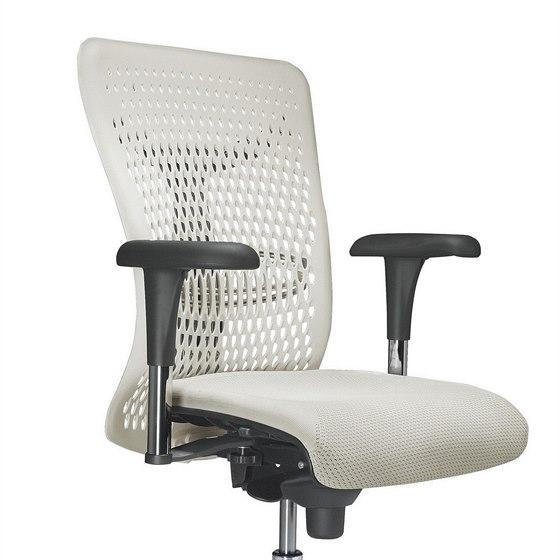 Výjimku v nabídce netvoří ani ergonomické židle a křesla.