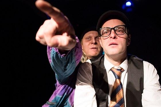 Divadlo pod Palmovkou v�s zve na Dva uboh� Rumuny, co mluv�j polsky