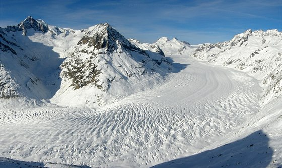 Zimní pohled na Aletschský ledovec z Eggishornu