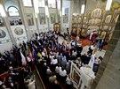 Australsk� premi�r Tony Abbott a ukrajinsk� prezident Petro Poro�enko nav�t�vili �eckokatolick� chr�m v Melbourne(11. prosince 2014)