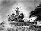 Kapesní křižník Admiral Graf Spee v akci. Dobová ilustrace.