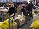 Zvýšený zájem zákazníků ve středu hlásila i IKEA na předměstí Moskvy (17. prosince 2014)