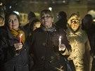 Třetí výročí smrti Václava Havla si v Brně připomněly dvě stovky lidí (18. prosince 2014)