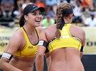 Martina Bonnerová (vpravo) a Barbora Hermannová na turnaji Světového okruhu v jihoafrickém Mangaungu.