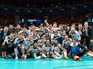 Čeští florbalisté slaví na mistrovství světa v Göteborgu zisk bronzových medailí.