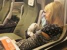 Jedna z prvních cestujících v neděli 14. prosince 2014