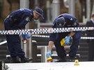 Policejní vyšetřování před kavárnou na Martin Place v Sydney
