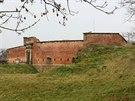 Fort ve Chv�lkovic�ch postaven� v 19. stolet�, kter� je sou��st� jedine�n�ho pevnostn�ho syst�mu, jen� v minulosti chr�nil Olomouc.