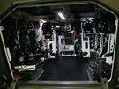 Prototyp modernizovan�ho bojov�ho vozidla p�choty �akal se mimo jin� v kv�tnu p�edstavil na Mezin�rodn�m veletrhu obrann� techniky IDEB 2014 v Bratislav�. Pohled do zadn� ��sti slou��c� pro p�epravu voj�k�.