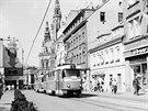 Tehdejší práce řidiče tramvaje byla o dost tvrdší než dnes. Nejen katastrofální stav kolejiště, do nějž se neinvestovalo, ztrpčoval řidičům život.