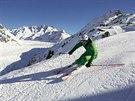 Na sjezdovce nad Aletschským ledovcem