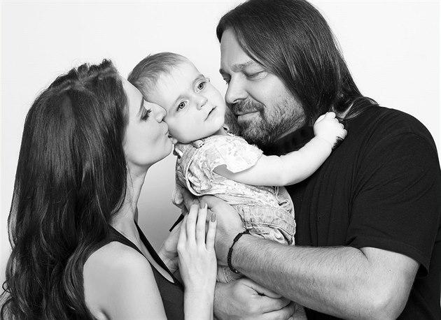 Ji�í Pomeje s man�elkou Andreou a dcerou Annou